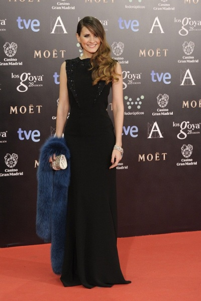 alfombra-roja-premios-goya-2014-elena-ballesteros-armani