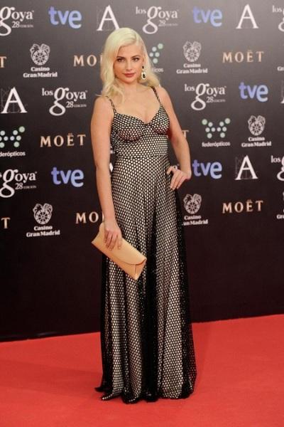 alfombra-roja-premios-goya-2014-miri-giovanelli-maria-escote