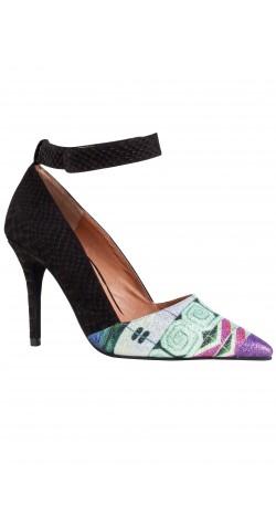 zapato custo